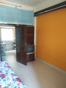 Gallery Cover Image of 260 Sq.ft 1 RK Apartment for rent in Adarsh Nagar, Worli for 18000