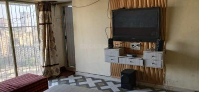 Gallery Cover Image of 800 Sq.ft 2 BHK Apartment for rent in Golden Isle, Goregaon East for 24000
