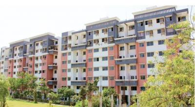 Gallery Cover Image of 950 Sq.ft 2 BHK Apartment for buy in Dixit Nagar for 3100000