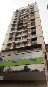 Gallery Cover Image of 800 Sq.ft 2 BHK Apartment for buy in Thane West for 15500000