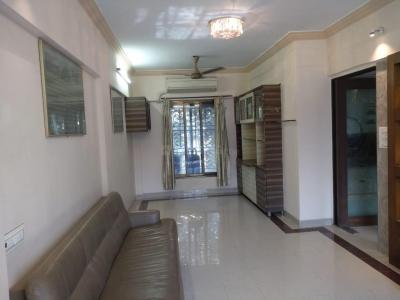 Gallery Cover Image of 860 Sq.ft 2 BHK Apartment for rent in Malad West for 32000