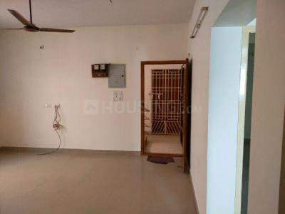 Gallery Cover Image of 1000 Sq.ft 2 BHK Apartment for rent in Mugalivakkam for 16000