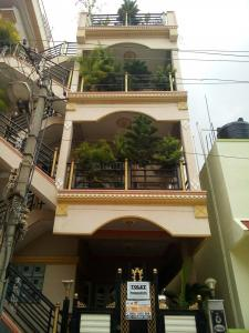 Gallery Cover Image of 900 Sq.ft 1 BHK Independent Floor for rent in Vajarahalli for 6000