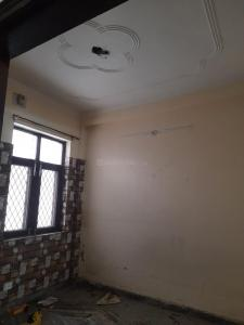 Gallery Cover Image of 1350 Sq.ft 3 BHK Apartment for rent in Noida Extension for 13000