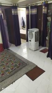 Gallery Cover Image of 700 Sq.ft 2 BHK Apartment for rent in Sector 3A for 13000