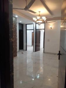 Gallery Cover Image of 1100 Sq.ft 3 BHK Independent Floor for buy in Sector 105 for 3000000