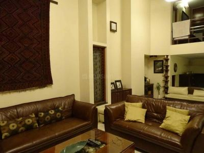 Gallery Cover Image of 4300 Sq.ft 4 BHK Villa for rent in R. T. Nagar for 125000