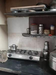 Gallery Cover Image of 150 Sq.ft 1 RK Apartment for buy in Chembur for 1500000