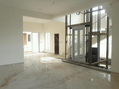 Gallery Cover Image of 4705 Sq.ft 4 BHK Independent House for buy in Injambakkam for 45100000