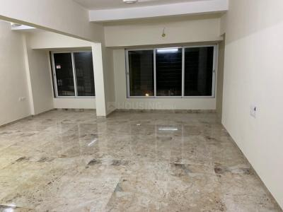 Gallery Cover Image of 1850 Sq.ft 3 BHK Apartment for rent in Juhu for 110000
