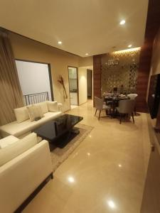 Gallery Cover Image of 1010 Sq.ft 3 BHK Apartment for buy in Runwal My City - Codename Greatest, Palava Phase 1 Usarghar Gaon for 7100000