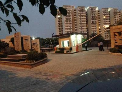 Gallery Cover Image of 2660 Sq.ft 3 BHK Apartment for rent in Bestech Park View Grand Spa, Sector 81 for 31300