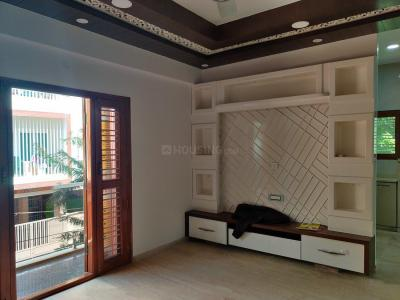 Gallery Cover Image of 2200 Sq.ft 6 BHK Independent House for buy in Hebbal Kempapura for 26500000