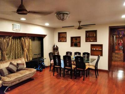 Gallery Cover Image of 2200 Sq.ft 3 BHK Apartment for buy in Andheri West for 65000000