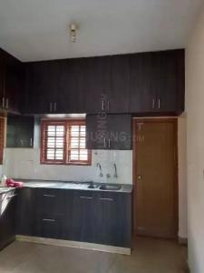 संजयनगर  में 16000000  खरीदें  के लिए 2700 Sq.ft 5 BHK अपार्टमेंट के किचन  की तस्वीर