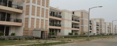 Gallery Cover Image of 1200 Sq.ft 3 BHK Independent Floor for buy in Sector 81 for 7500000