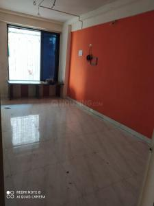 Gallery Cover Image of 340 Sq.ft 1 RK Apartment for rent in Shivaji Raje Complex, Kandivali West for 9500