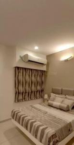 Gallery Cover Image of 482 Sq.ft 1 RK Apartment for buy in L And T Raintree Boulevard, Sahakara Nagar for 6200000