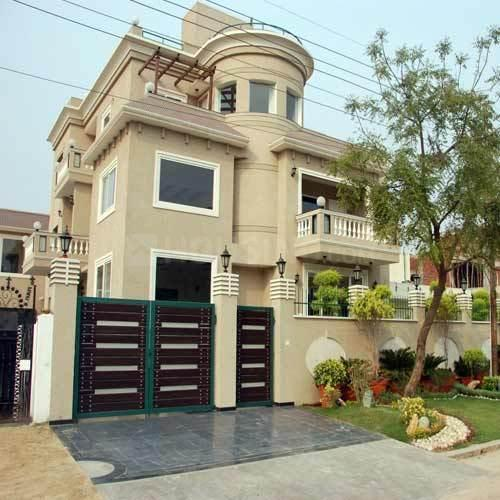 Building Image of 8700 Sq.ft 8 BHK Villa for buy in Sector 51 for 50000000