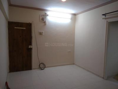 Gallery Cover Image of 400 Sq.ft 1 RK Apartment for buy in Siddhatek Apartment, Kandivali West for 6200000