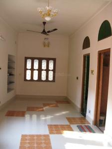 Gallery Cover Image of 1000 Sq.ft 2 BHK Independent House for rent in Shibpur for 8500