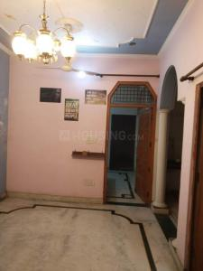 Gallery Cover Image of 800 Sq.ft 2 BHK Independent Floor for rent in Shastri Nagar for 6999