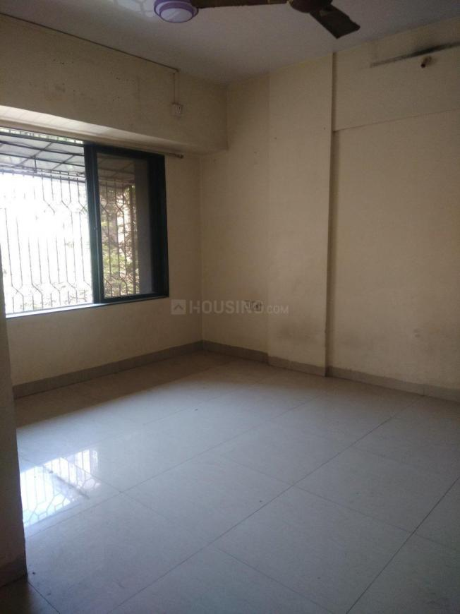 Bedroom Image of 740 Sq.ft 2 BHK Apartment for rent in Borivali East for 26000