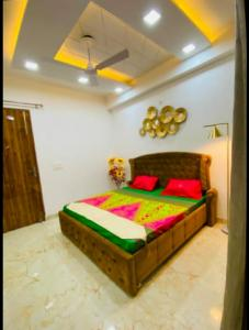 Gallery Cover Image of 1450 Sq.ft 3 BHK Villa for buy in Thv Vihaan Floors, Noida Extension for 4629000