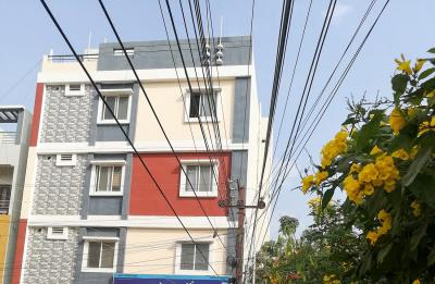 Gallery Cover Image of 1000 Sq.ft 2 BHK Independent House for rent in Manikonda for 17800