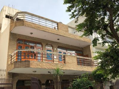 Gallery Cover Image of 1225 Sq.ft 2 BHK Independent Floor for rent in Janakpuri for 30000