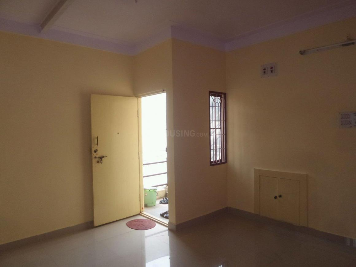 Living Room Image of 950 Sq.ft 2 BHK Apartment for rent in Basaveshwara Nagar for 18000