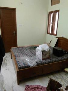 Gallery Cover Image of 400 Sq.ft 1 RK Independent Floor for rent in Sector 28 for 8000
