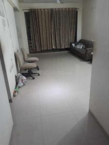 Gallery Cover Image of 1100 Sq.ft 3 BHK Apartment for rent in Khar Danda for 99000