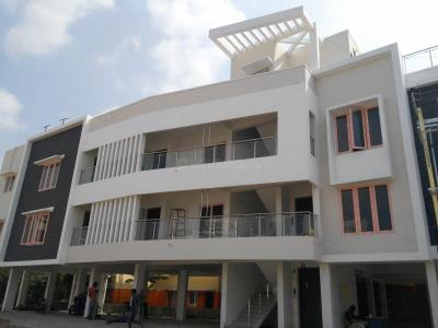 Gallery Cover Image of 805 Sq.ft 2 BHK Apartment for buy in Porur for 4427500