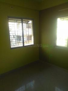 Gallery Cover Image of 500 Sq.ft 1 BHK Apartment for rent in Paschim Putiary for 9000