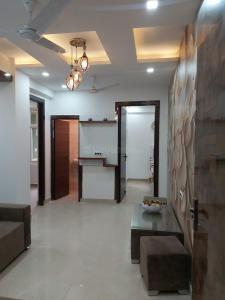 Gallery Cover Image of 910 Sq.ft 2 BHK Independent Floor for buy in Ambesten Twin Corsage, Noida Extension for 2250000