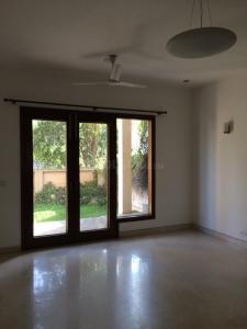 Gallery Cover Image of 3500 Sq.ft 5 BHK Independent House for rent in DLF Phase 3 for 200000