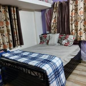 Gallery Cover Image of 1000 Sq.ft 2 BHK Apartment for rent in Dhayari for 12000