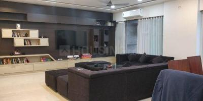 Gallery Cover Image of 2250 Sq.ft 3 BHK Apartment for rent in Powai for 95000