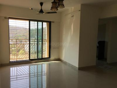 Gallery Cover Image of 985 Sq.ft 2 BHK Apartment for buy in Thane West for 9500000