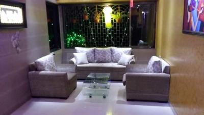 Gallery Cover Image of 670 Sq.ft 1 BHK Apartment for rent in Mahim for 50000