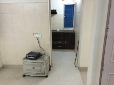 Gallery Cover Image of 1000 Sq.ft 2 BHK Apartment for rent in Sector 37 for 19500