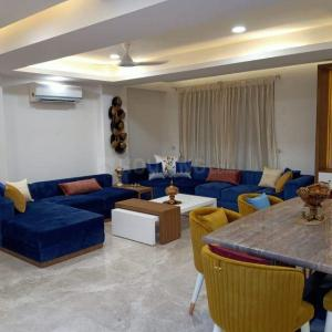 Gallery Cover Image of 2700 Sq.ft 4 BHK Independent Floor for buy in Sushant Lok I for 26000000