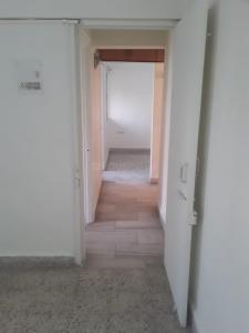 Gallery Cover Image of 565 Sq.ft 1 BHK Apartment for rent in Thane West for 17000