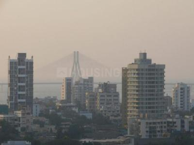 Gallery Cover Image of 1700 Sq.ft 3 BHK Apartment for rent in Dadar East for 130000