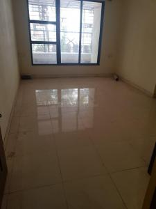 Gallery Cover Image of 570 Sq.ft 1 BHK Apartment for buy in RNA Builder N G Suncity Phase 1, Kandivali East for 7600000