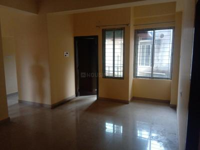 Gallery Cover Image of 1380 Sq.ft 3 BHK Apartment for rent in Six Mile for 15000