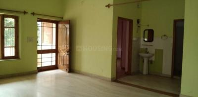 Gallery Cover Image of 410 Sq.ft 2 BHK Apartment for rent in Viveka Nand Gram-Phase-I for 13000