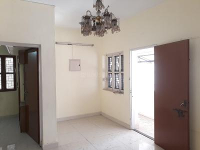 Gallery Cover Image of 782 Sq.ft 2 BHK Apartment for rent in West Mambalam for 15500