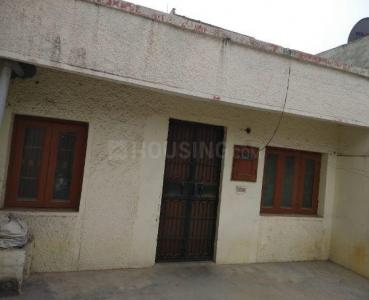 Gallery Cover Image of 900 Sq.ft 1 BHK Independent House for buy in Shastri Nagar for 5000000